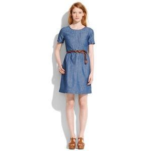 Madewell Songbird chambray dress in size 0